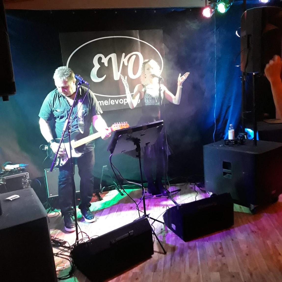 EVO rocker julebordet på G-Kroen